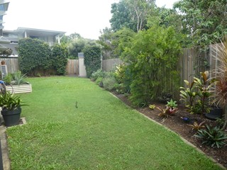 Fully Furnished Townhouse - Huge Yard - Pet on Application!