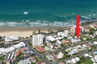 Iconic Coolum Beach House with Ocean Views!