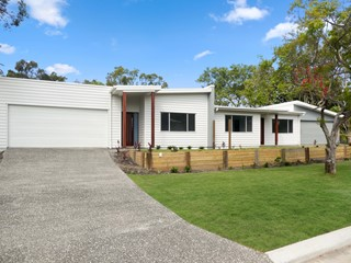 BRAND NEW Central Coolum Duplex