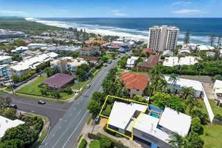 THE BEACH BUNGALOW – 300 METRES TO THE SURF