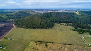 LARGE ACREAGE BLANK CANVAS – 10 MINUTES FROM THE BEACH