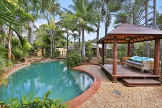 OVERSIZED FAMILY HOME - CENTRAL COOLUM RENOVATOR!